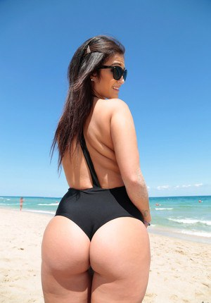 Big Ass Beach Porn